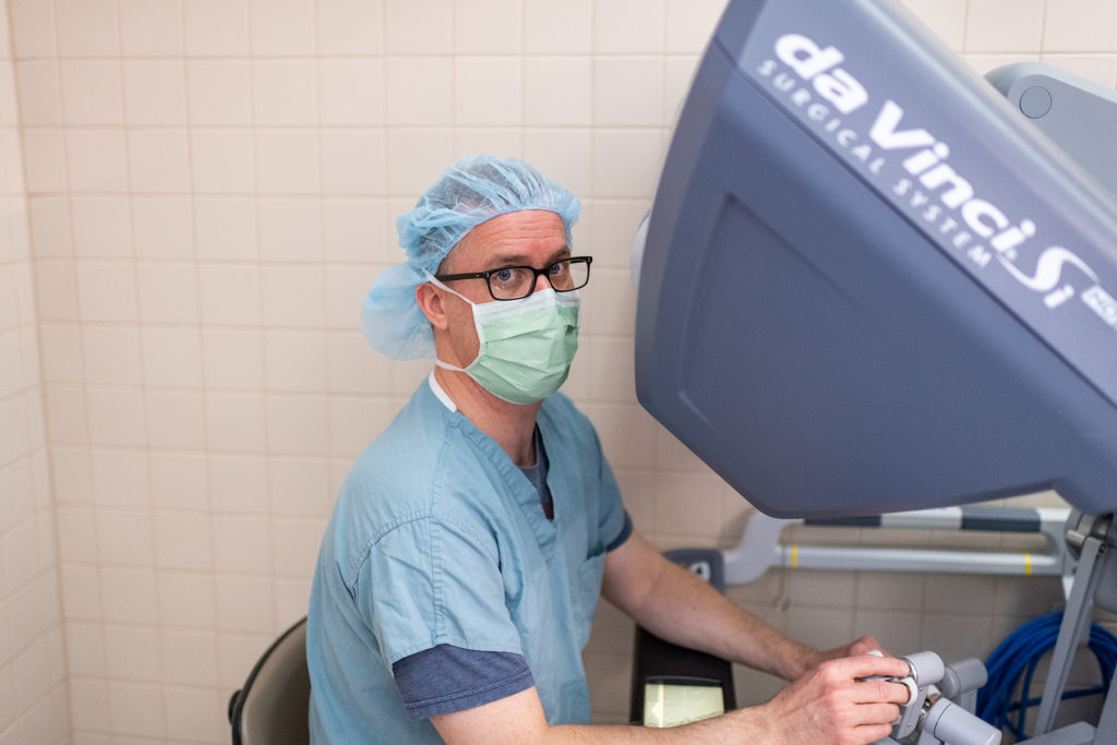 UH OR: Dr. David Miller, Faculty, using the da Vinci Si surgical system